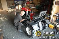 https://motochas.com.ua/images/motoblok-traktor/200/DSC_0264.jpg